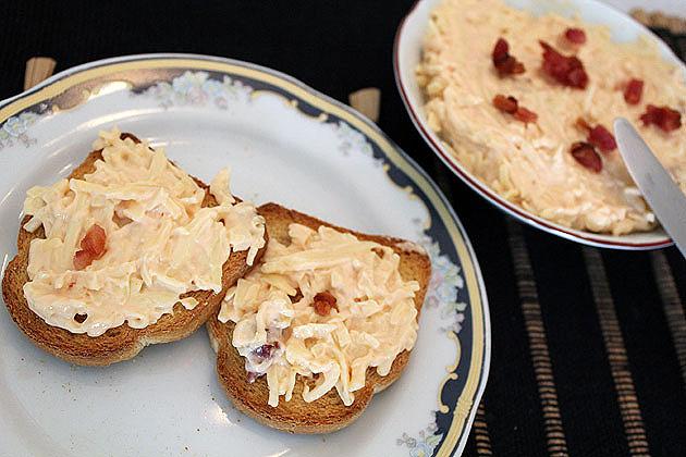 pate2 Patê de queijos e bacon
