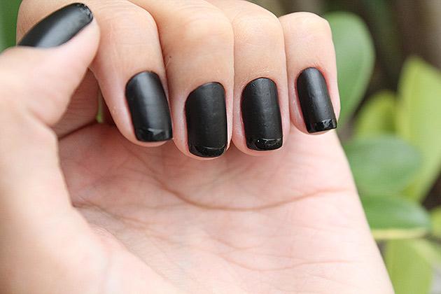 inglesinha4 Kit de esmaltes Black   O Boticário