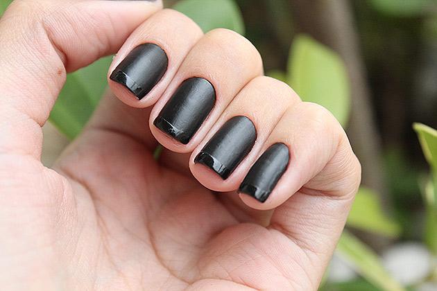 inglesinha5 Kit de esmaltes Black   O Boticário