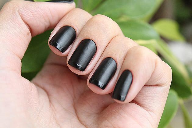 inglesinha6 Kit de esmaltes Black   O Boticário