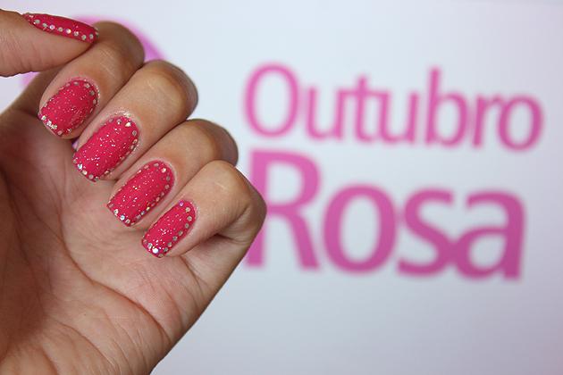 Nail Art Especial #OutubroRosa esmalte rosa com brilho rosa com glitter unha decorada