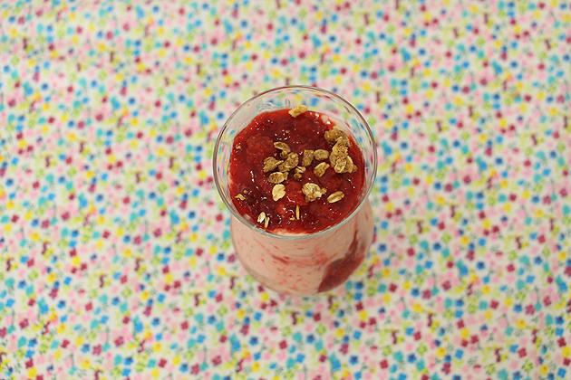 Receita Frozen de banana com morango + Geleia de Morango
