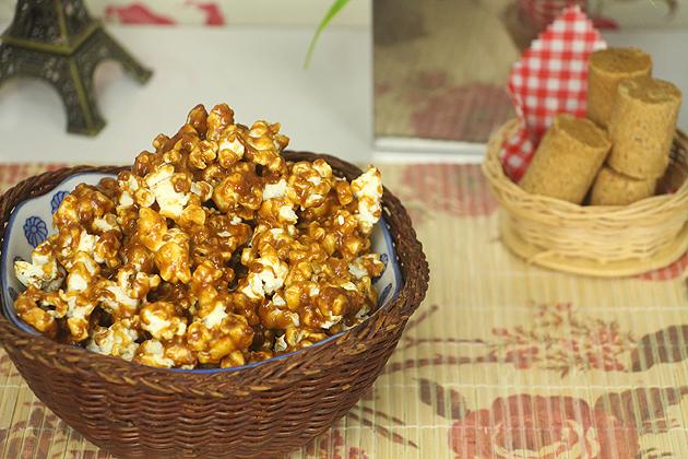 Receita pipoca caramelada com pacoca receita fácil deliciosa e para festa junina