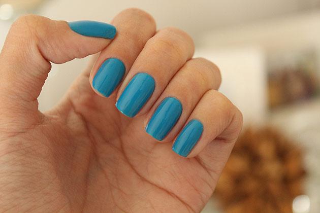 esmalte-azul-postando-gioantonelli2