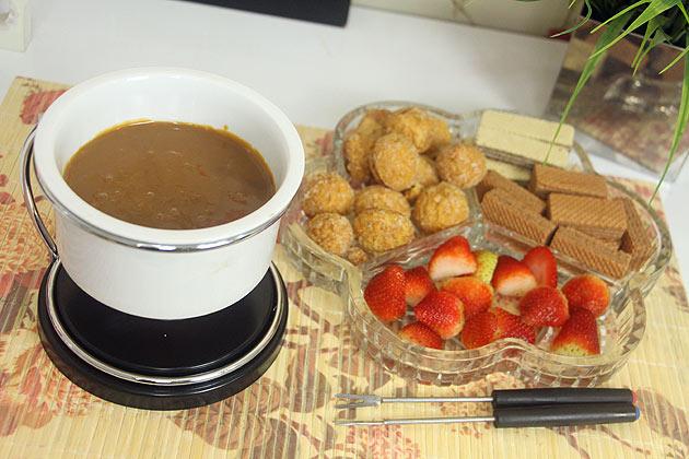 receita de inverno fondue de doce de leite delicioso