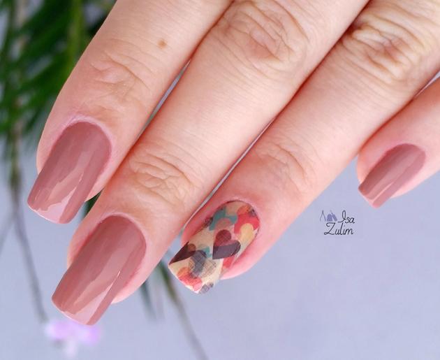 Esmalte Panqueca Doce Vult Corações unha decorada corações esmalte nude nail art nude