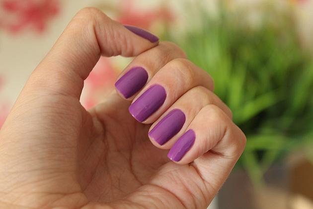 Esmalte da Semana - Certin - efeito neon Ludmilla para Dote esmalte roxo