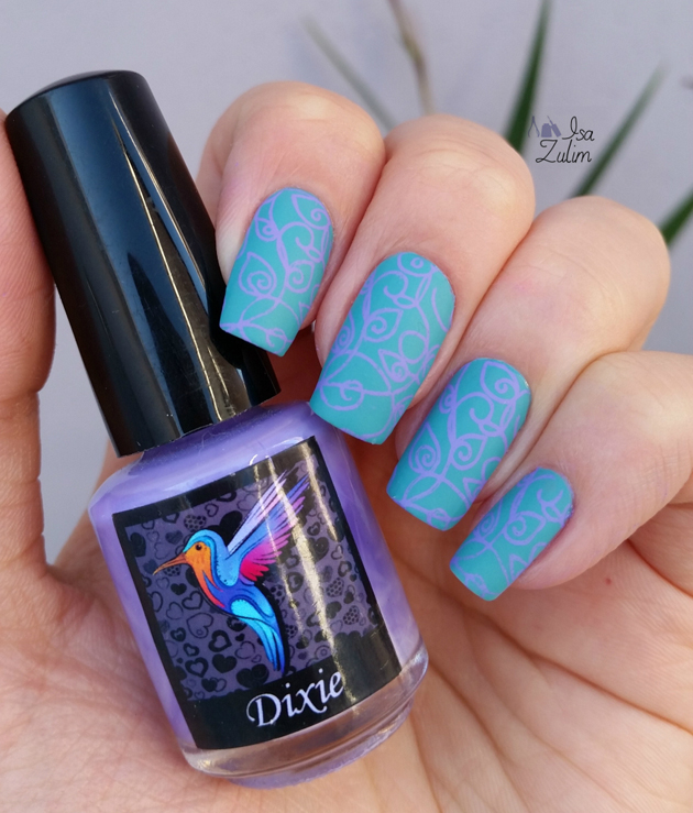 VIAGENS EM POSTAIS SB 18 esmalte risqué esmalte azul nail art risque