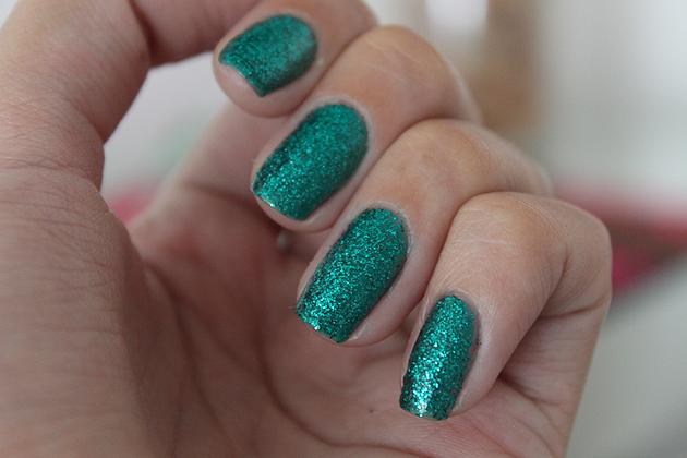 esmalte, colorama,glitter,verde