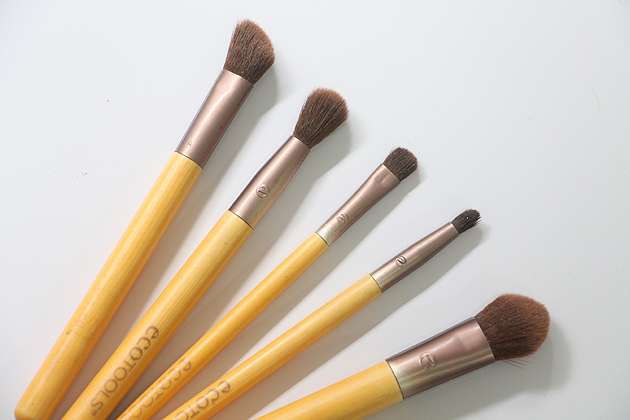 Maquia e Fala - Testando Novo Kit de Pincéis