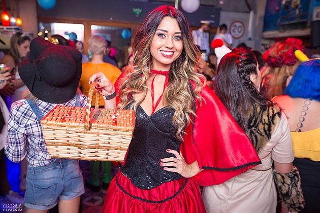 Festa a Fantasia - Maquiagem Chapeuzinho Vermelho