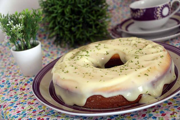 Receita Bolo de Limão Simples e fofinho bolo de limão facil cobertura de limão
