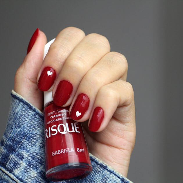 Unha para o Dia dos Namorados esmalte risque gabriela nail art unha coração esmalte vermelho