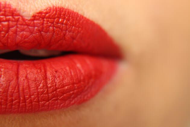 Vice Liquid Lipstick Crimsom batom liquido vermelho a prova d dagua urbam decay