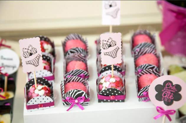 Decoração para chá de lingerie dicas o chá de lingerie que está super na moda. Idéias lindas e criativas para você arrasar na festa!