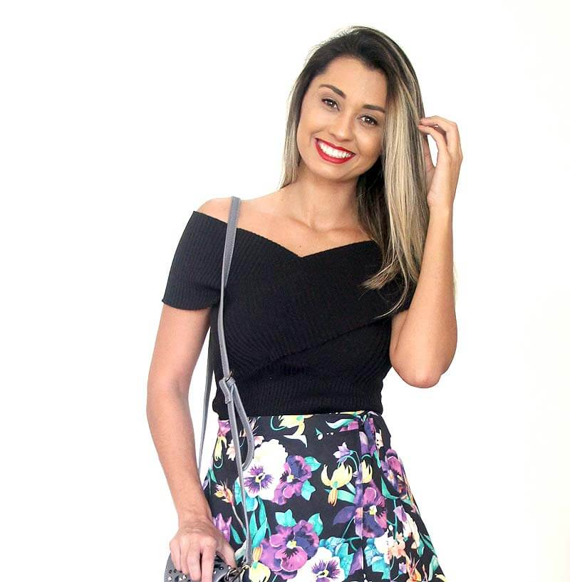 Saia florida com fundo preto - Look do Dia