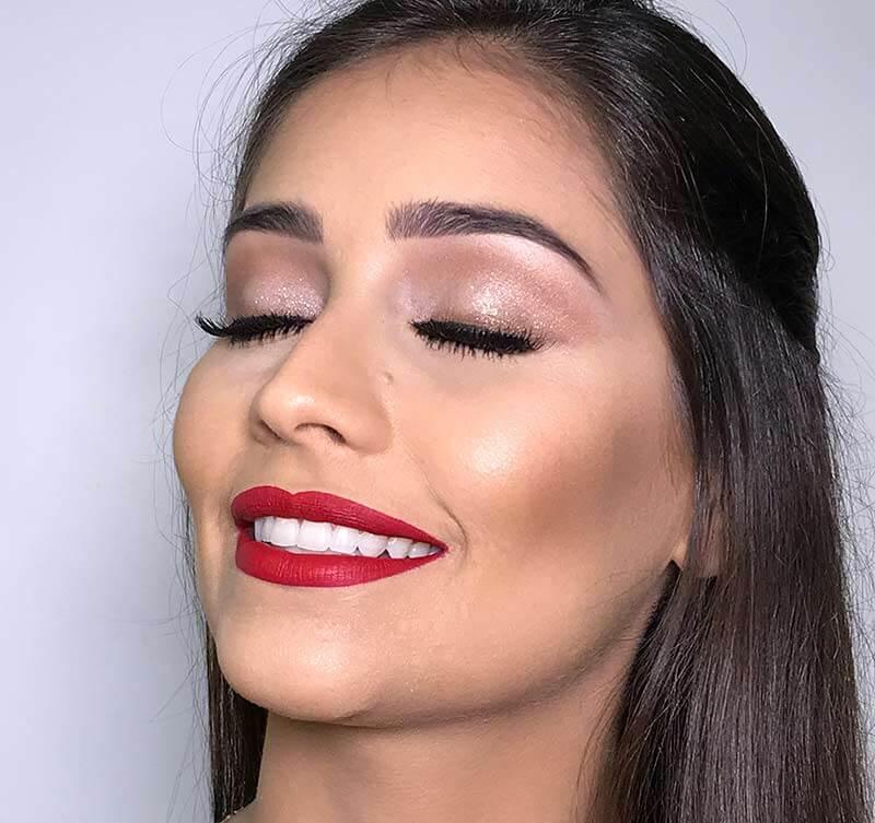 Maquiagem para Formatura - Inspiração 1 batom vermelho passo a passo