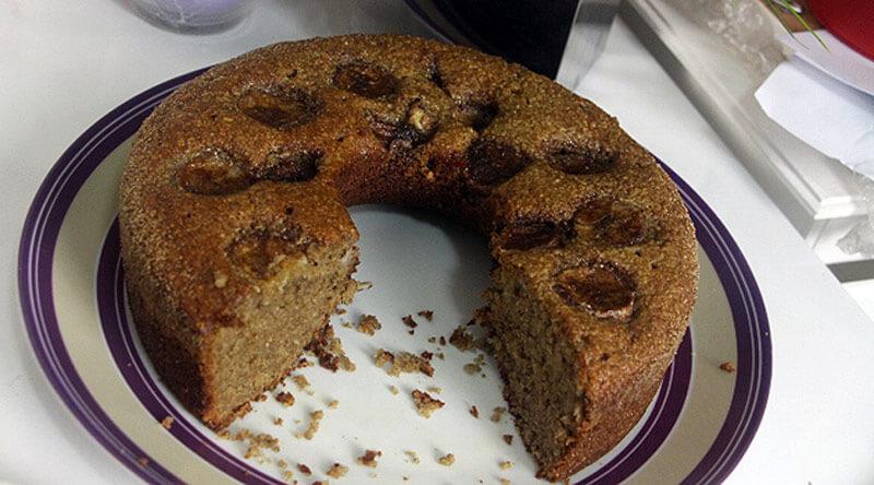 Receitas de Bolo [10 RECEITAS MARAVILHOSAS] - confira a lista lista com o passo a passo de 10 receitas deliciosas! Bolo fofinho, bolo de liquidificador, bolo de chocolate trufado e MAIS.