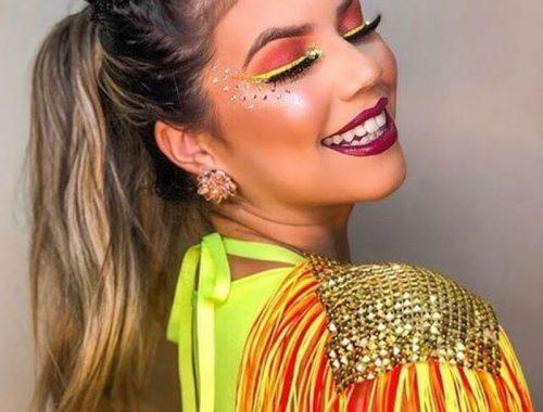 CARNAVAL 2020 - IDÉIAS DE FANTASIAS E MAQUIAGEM - as melhores dicas e ideias de fantasias para você curtir e arrasar o carnaval! Fantasia com glitter, fantasia para curtir o Rio, fantasia plus size e muito mais!
