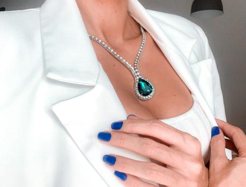 Cores de esmalte 2020 - Esmalte Azul - veja os detalhes de um LINDO esmalte azul da nova coleção Reconect da Impala! Boa cobertura e durabilidade.