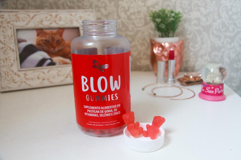 Blow Gummies: Vitamina para os cabelos - todos os detalhes sobre essa vitamina que promete auxiliar na saude dos cabelos e unhas. Veja o que eu achei.