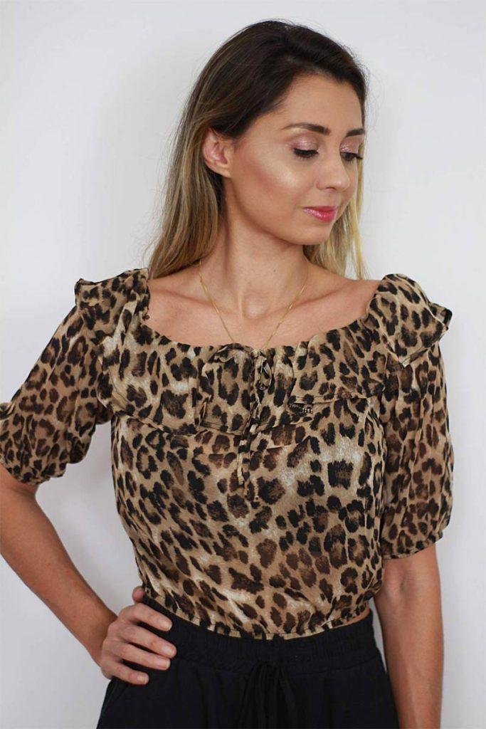 LOOKS COM BLUSA OMBRO A OMBRO - veja os melhores looks e inspirações com o modelo de blusinha do momento, a OMBRO A OMBRO - veja como usar.