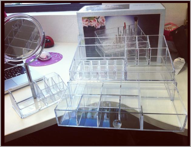 caixa Organizando as minhas maquiagens